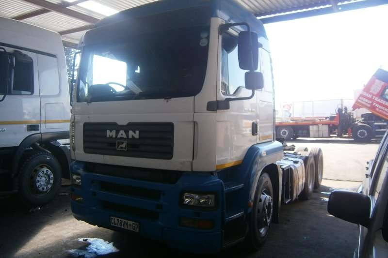 Truck-Tractor MAN  Double Axle TGA 26-480 2008