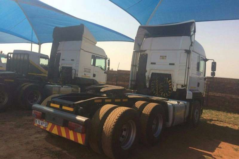 MAN  double axle TGA 27-400 Truck-Tractor