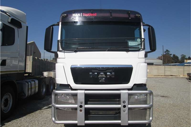 MAN  double axle TGA 27.480 Truck-Tractor