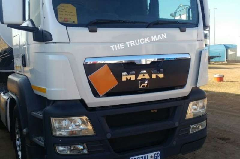 Truck-Tractor MAN  Double Axle TGS 26.440 2012