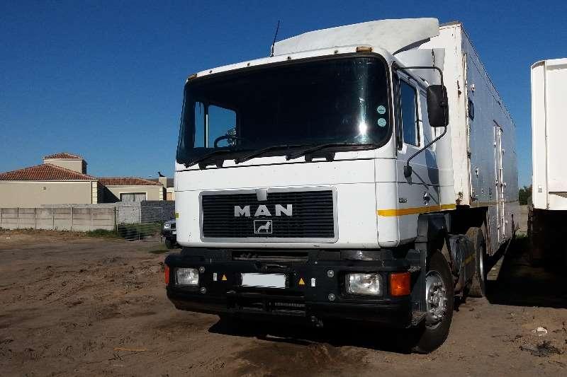 MAN Single axle 16 352 Truck-Tractor