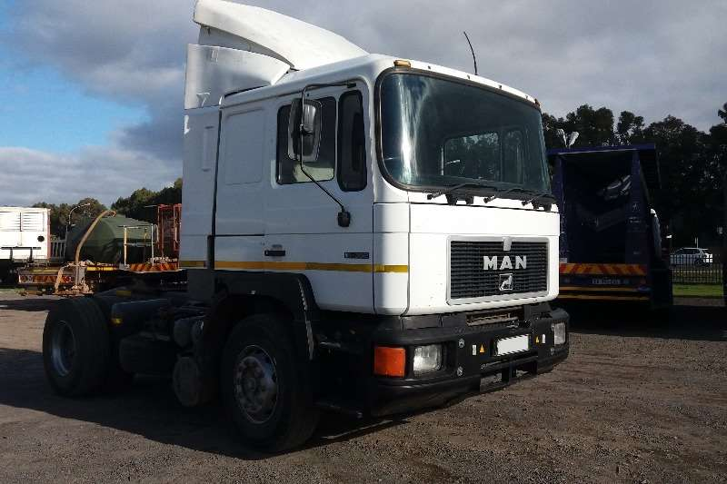 Truck-Tractor MAN Single Axle 16-352 1996