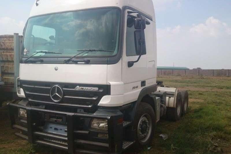 Truck-Tractor Mercedes Benz Actros 2640 2006