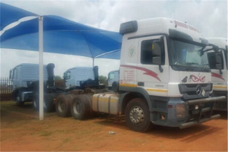 Mercedes Benz Actros  double axle Actros 2650 mp3 Truck-Tractor