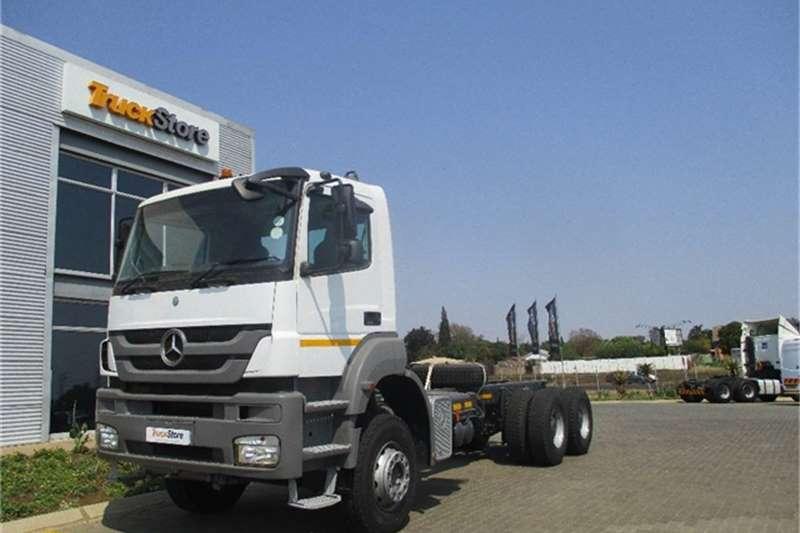 Truck-Tractor Mercedes Benz Axor 3335K/36 Mercedes Benz 2013