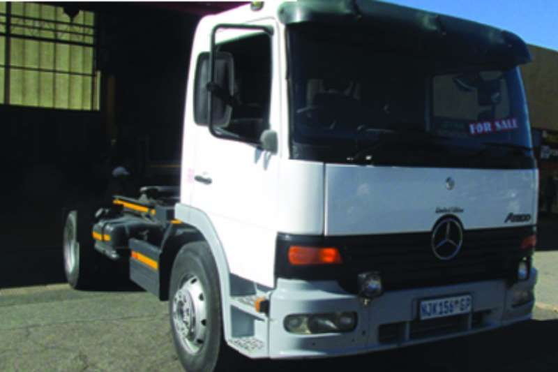 Mercedes Benz  double axle 15-17 6 Spd TT Truck-Tractor