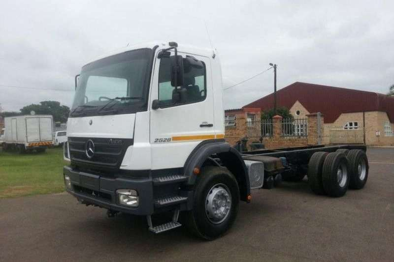 Mercedes Benz  double axle 2628 AXOR 6x4 RIGID CHASSIS CAB Truck-Tractor