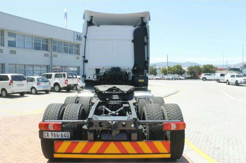 Mercedes Benz  double axle Actros 2646LS/33 Direct Drive 6x4 with Hydraulics Truck-Tractor