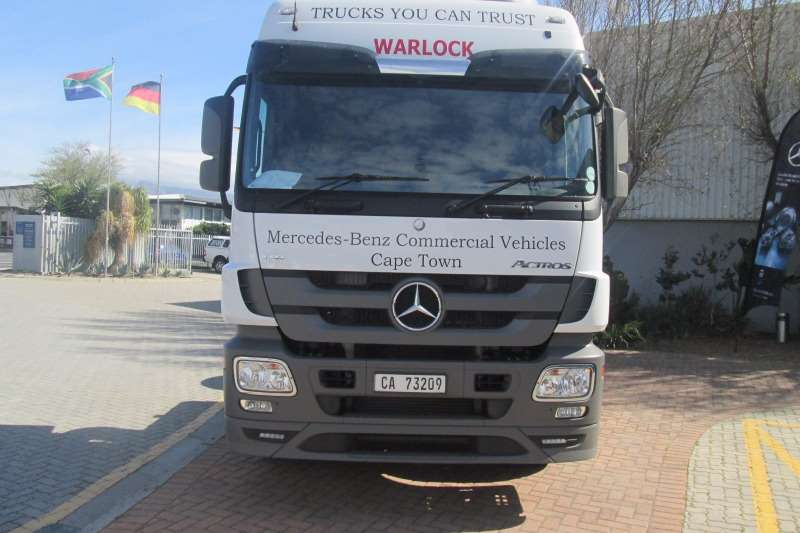 Mercedes Benz  double axle Actros 2654LS V8 Direct Drive 6x4 Truck-Tractor