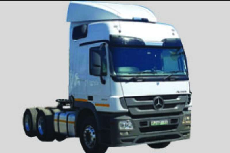 Truck-Tractor Mercedes Benz  Double Axle Actross 2654 2013