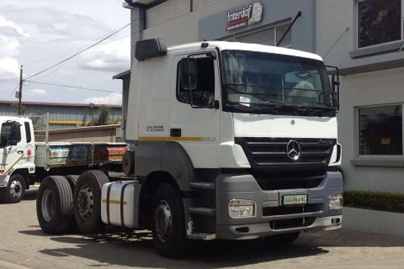 Mercedes Benz  double axle Axor 2535 Truck-Tractor