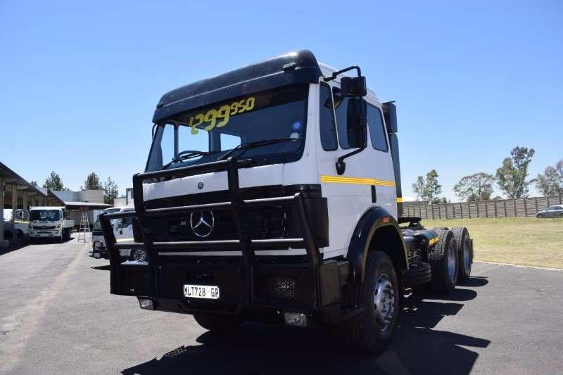 Mercedes Benz  double axle HORSE Truck-Tractor