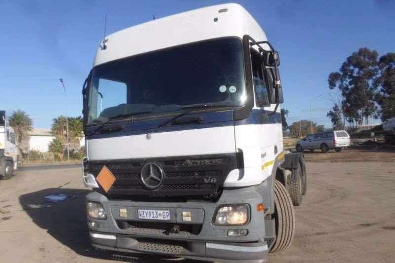 Mercedes Benz  double axle Mercedes Actros MP2 2650 Truck-Tractor