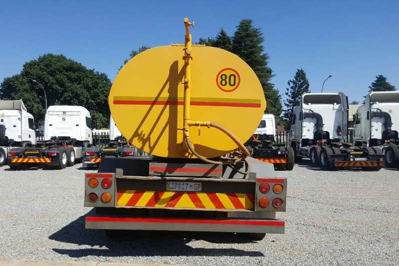 Mercedes Benz  double axle Mercedes Benz 1623 Water Tanker Truck-Tractor