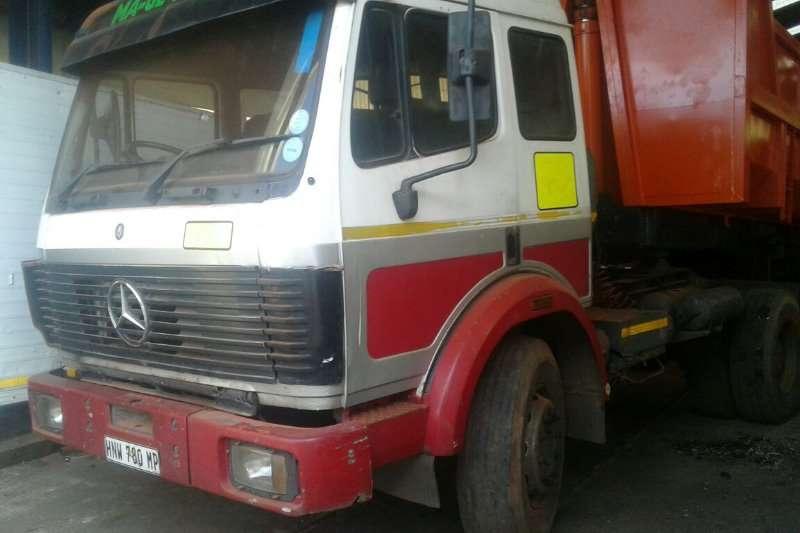 Mercedes Benz Single axle 1735 Powerliner Truck-Tractor