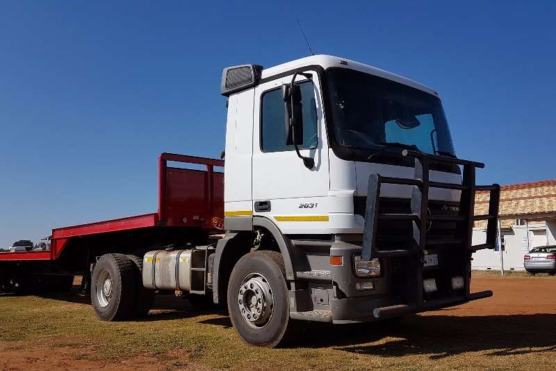 Truck-Tractor Mercedes Benz Single Axle 2031 ACTROS MP2 4x2 TRUCK TRACTOR 2006