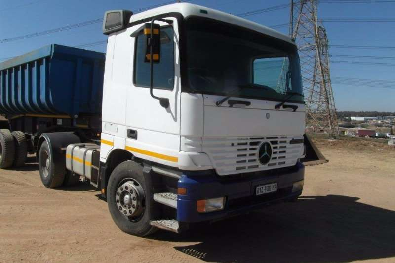 Truck-Tractor Mercedes Benz Single Axle Actros 2031 4 x 2 Truck Tractor 2003
