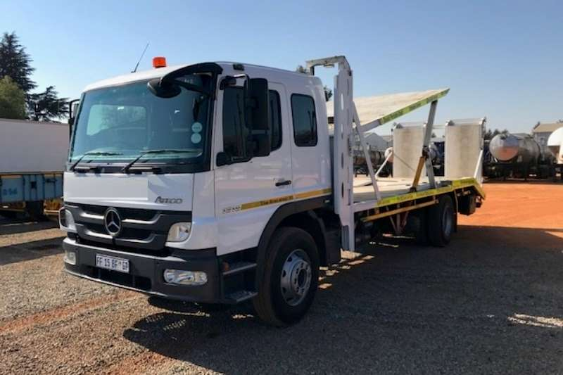 Mercedes Benz Single axle Atego 1518 Single Axle Double Car Carrier Truck-Tractor