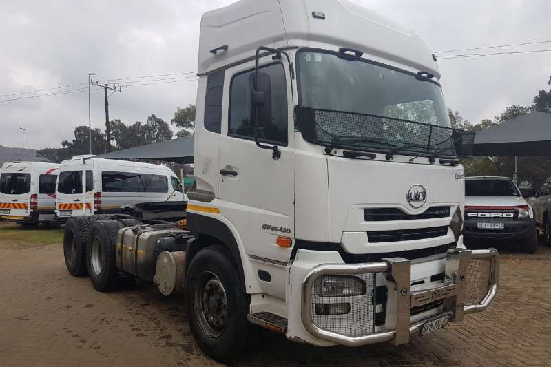 Truck-Tractor Nissan  Double Axle UD490 6x4 T/T Immaculate 2014
