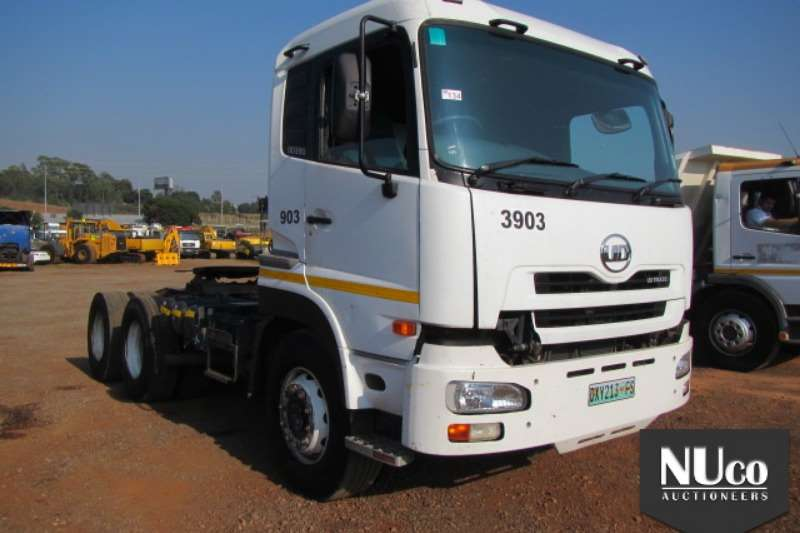Truck-Tractor Nissan NISSAN UD390 6X4 HORSE 0