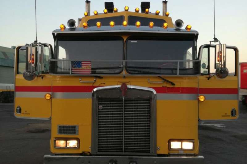 Truck-Tractor Other  Double Axle Kenworth KW100E 0