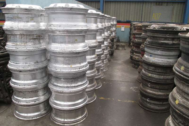 Other Steel & Aluminium Rims for all makes of trucks Truck-Tractor
