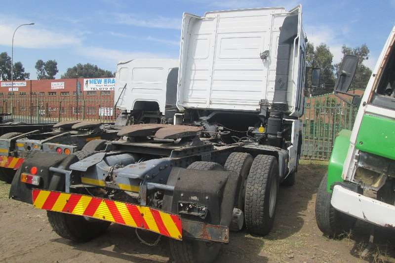 Renault  double axle 480 Magnum Truck-Tractor
