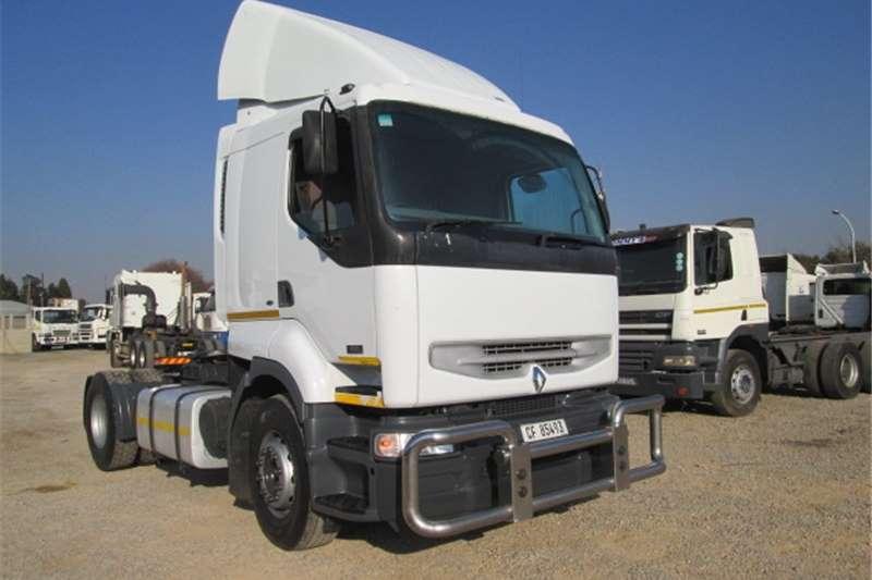 Truck-Tractor Renault Kerax 420 2008