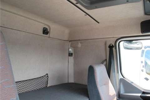 Renault Kerax Premium 385 Truck-Tractor