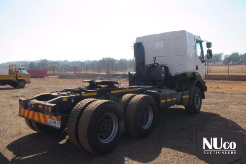 Renault Renualt Kerax 440dxi 6x4 Horse 704276km JGH798MP Truck-Tractor