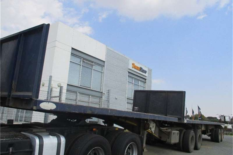 SA Truck Bodies Flat Deck Interlink Semi Trailer Sa Truck Bodies Truck-Tractor