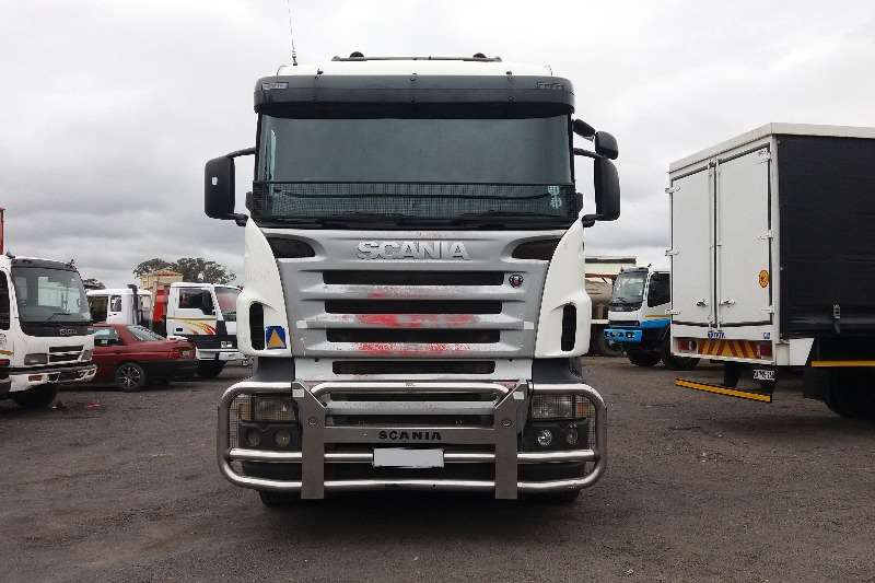 Scania  double axle 530 Truck-Tractor