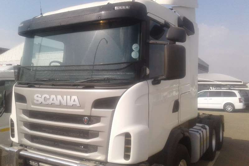 Scania  double axle G380 Truck-Tractor