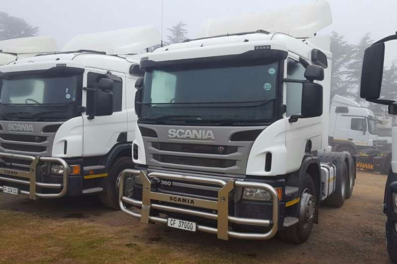 Truck-Tractor Scania  Double Axle SCANIA P360 2014