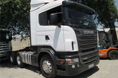 Truck-Tractor Scania R420 2011