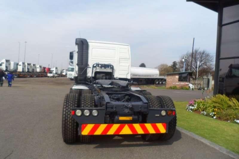 Volvo 2012 2011 VOLVO FMX 400 TRUCK TRACTOR Truck-Tractor