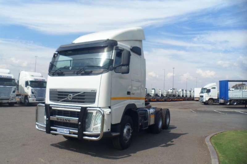 Volvo 2014 VOLVO FH 440 TRUCK TRACTOR Truck-Tractor