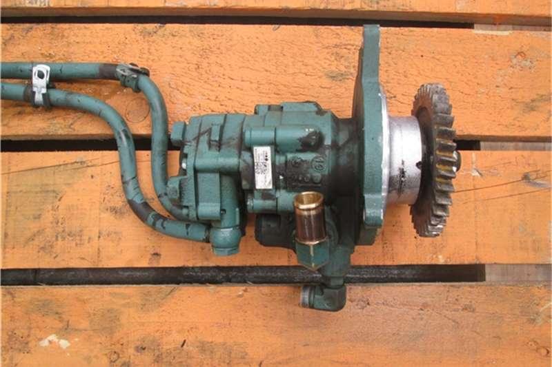 Volvo D13 Fuel  Steering Pump Truck-Tractor