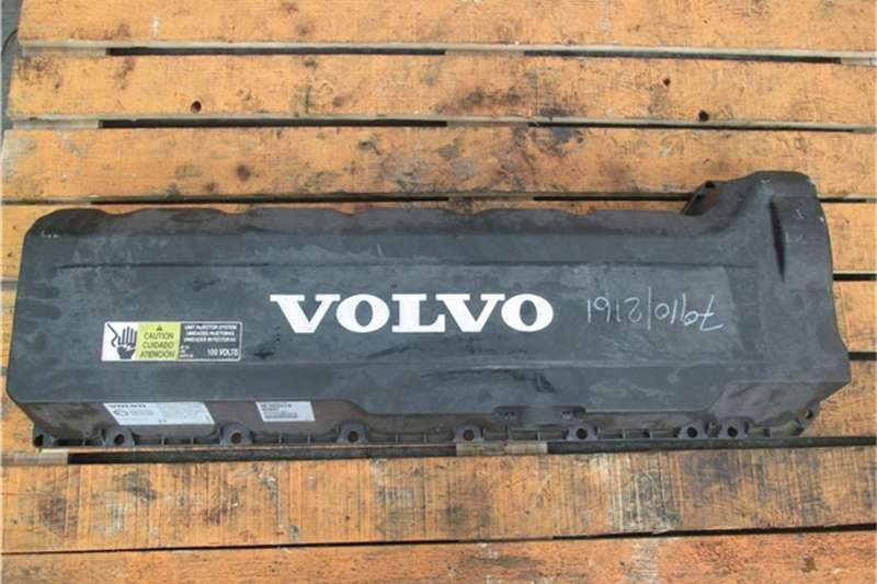 Volvo D13 Tappet Cover Truck-Tractor