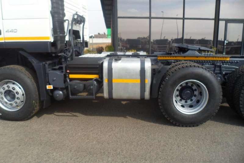 Volvo  double axle 2011 VOLVO FMX 440 400 TRUCK TRACTOR Truck-Tractor
