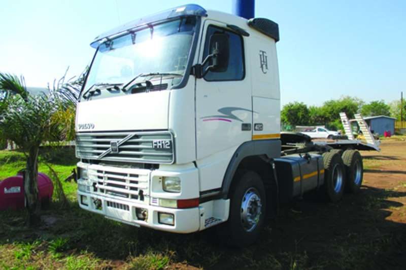 Volvo  double axle FH 12 420 Truck-Tractor