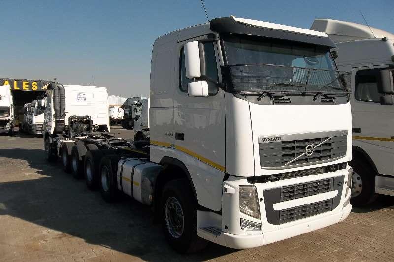 Volvo  double axle FH 440  Truck-Tractor