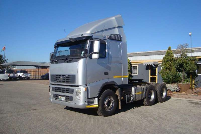 Volvo  double axle FH 440 T/T C/C Truck-Tractor