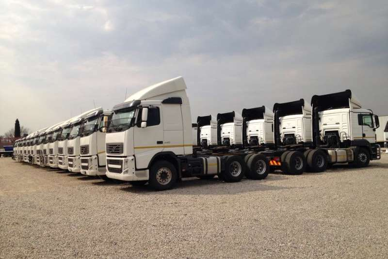 Volvo  double axle FH13 400 Truck-Tractor