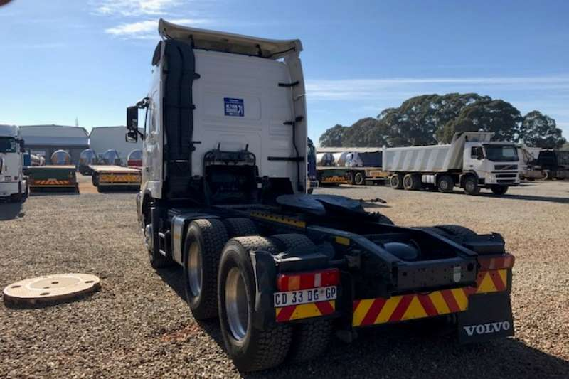 Volvo  double axle FH480 6x4 T/T Truck-Tractor