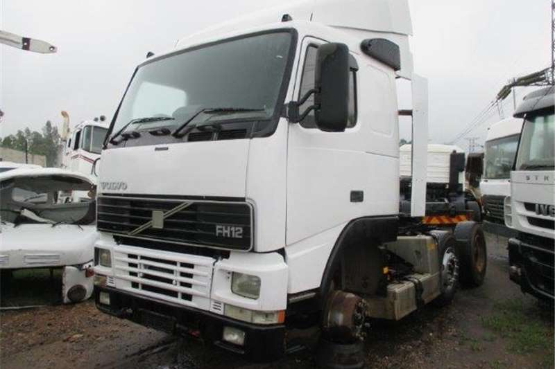 Truck-Tractor Volvo FH12 420 1995
