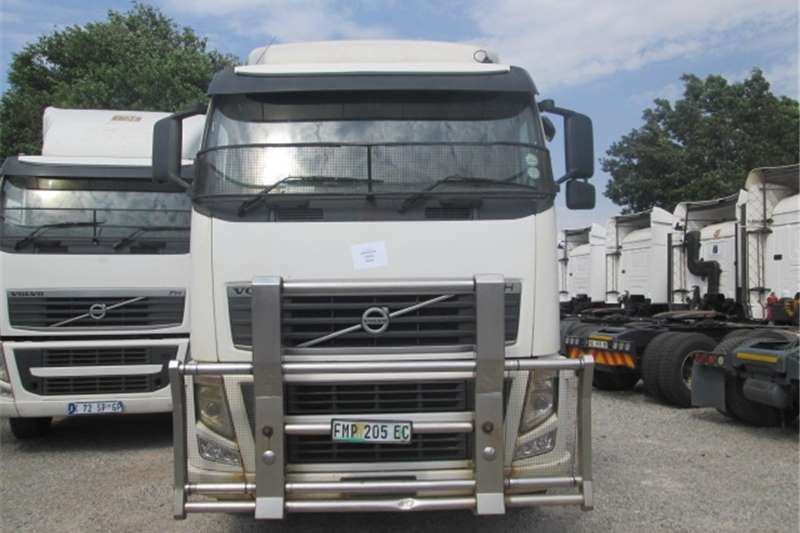 Volvo FH13 400 Truck-Tractor