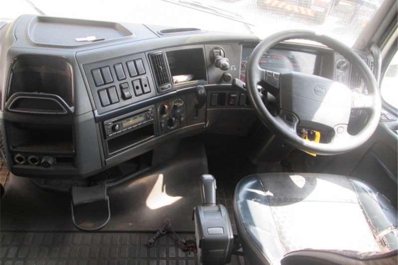 Volvo FH13 440 Truck-Tractor