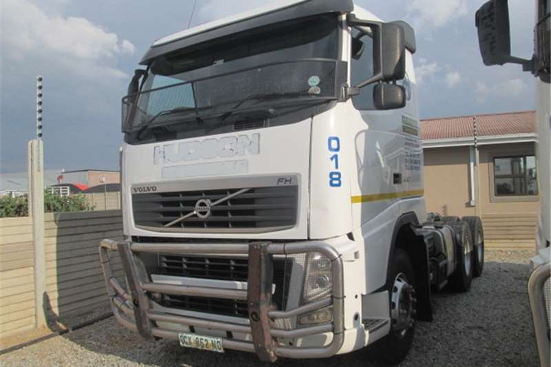 Volvo FH13 440 Truck-Tractor