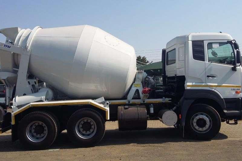 UD 6 Cube Mixer UD Quester E22 Truck